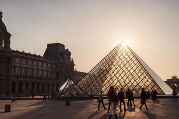 Last-Entry Louvre Museum Tour to See