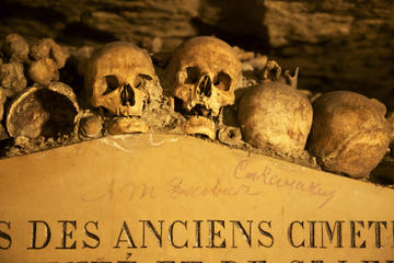 The Secret History of Paris: Special Access Catacombs and Père...