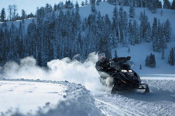 Mont-Tremblant Guided Snowmobile Tours