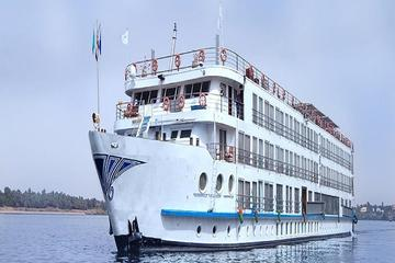 Luxury 5 Days Nile River Cruise from Luxor to Aswan with Private Tour Guide
