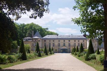 In the footsteps of Napoleon: The Château de Malmaison and the Arc de Triomphe