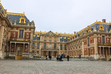 Skip the line half day versailles palace tour by train 2018 paris - Restaurant chateau de versailles ...