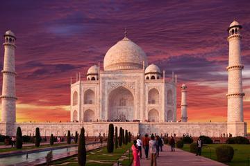 Private All Inclusive Luxury: Taj Mahal Agra Day Trip from Delhi