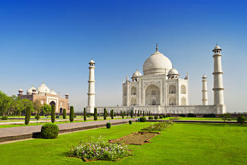 Two-Day Private Golden Triangle Tour to Agra and Jaipur From New Delhi