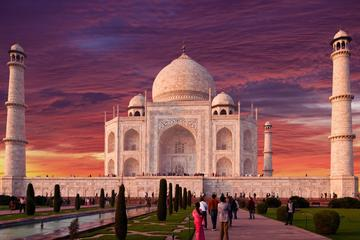 2 Days Agra Overnight and Taj Mahal Sunrise Trip From Delhi by Car