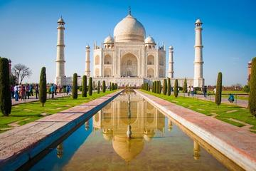 Four-Day Private Luxury Taj Mahal Jaipur and Delhi Tour with Lunch from Delhi