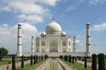 Agra Private Full-Day Tour from Delhi with Lunch