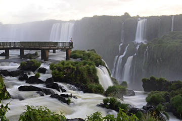 Landmark of the Three Frontiers and Iguassu Falls Admission Tickets