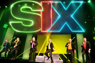 SIX - Live Entertainment in Branson
