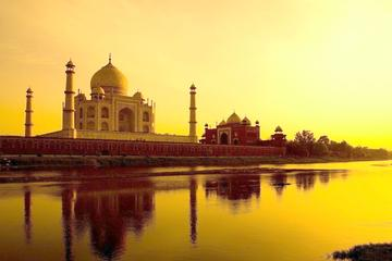05-Hours Taj Mahal Sunrise Tour with Entrance Tickets
