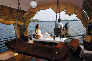 Backwaters by Houseboat & Fort Kochi Tour from Cochin