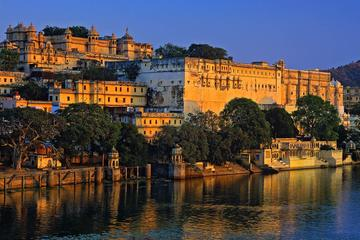 Private Full-Day Jaipur City Tour Including Amber fort and City Palace