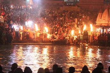 Private Tour: 03-Days Luxury Varanasi Tour with Ganges Boat Ride