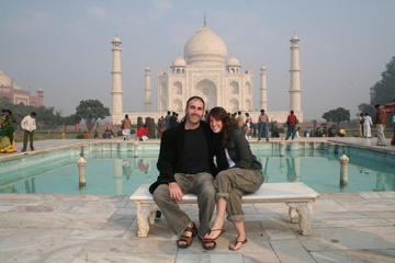 Private Tour: Full Day Taj Mahal & Agra Tour from Jaipur by Car
