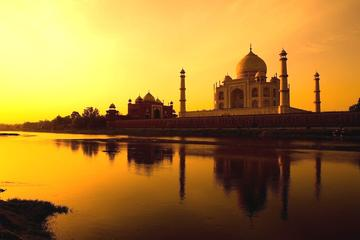 Private Tour: Full-Day Taj Mahal Sunrise and Agra Tour by Car