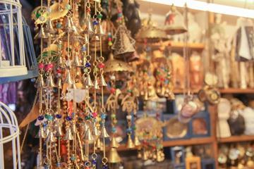 Viator Exclusive: 03-Hours New Delhi Shopping Tour