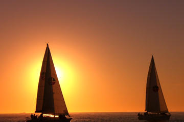 Small-Group San Diego Sunset Sailing Excursion