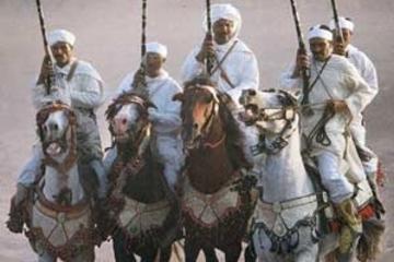 Espectáculo con cena y espectáculo cultural marroquí