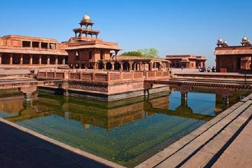 Agra To Jaipur By Private Vehicle Including Visit To Fatehpur Sikri And Lunch