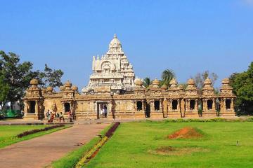 Full Day Tour to Kanchipuram and UNESCO's Mahabalipuram with Private Transfer