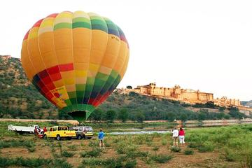 Jaipur's Balloon Safari - Fly Over the Pink City