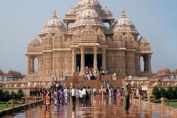 Private New Delhi Sightseeing Tour with Akshardham Temple visit