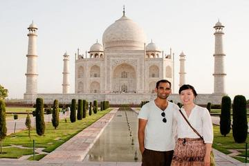 Private Taj Mahal and Agra Full-Day Tour from Jaipur
