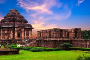 UNESCO's Konark - The Famous Sun Temple at the Bay of Bengal