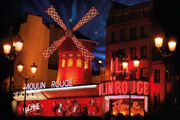 Espectáculo en el Moulin Rouge de París