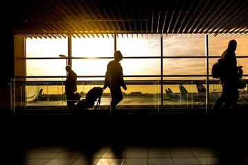 Private transfer from Bergamo Orio al Serio Airport to Milan City and Vice Versa - Luxury Car
