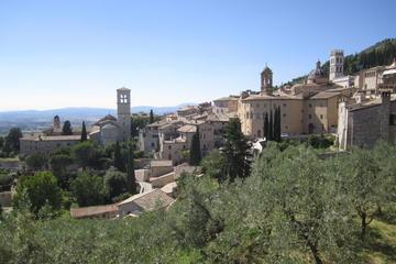 Assisi und Basilica di San Francesco...