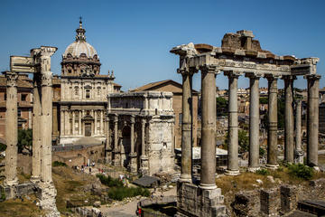 Small-Group Colosseum Roman Forum and Palatine Hill Walking Tour
