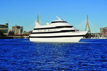 Crucero con cena al atardecer tipo bufé en Spirit of Boston