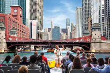 Cruzeiro de arquitetura com lancha pelo Lago Michigan e Rio Chicago