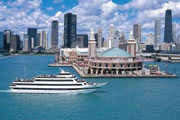 Schifffahrt mit Büfett bei Sonnenuntergang in Chicago