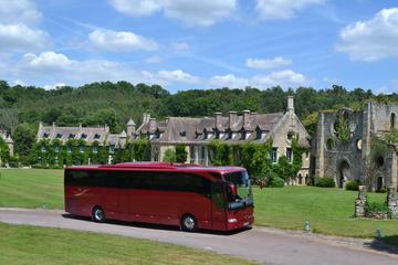 Paris–Versailles, Hin- und Rückfahrt im luxuriösen Bus