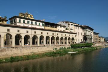 Hoppa över kön: Gångtur genom Uffizierna och Corridoio Vasariano