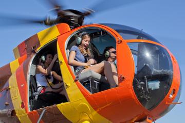 Passeio de helicóptero sem portas...