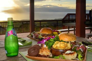 Exklusivt för Viator: Privat Maui-helikoptertur och middag