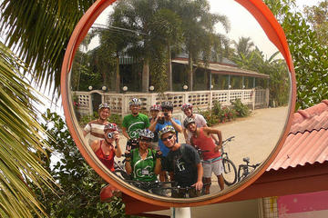バンコク小グループ サイクリング ツアー