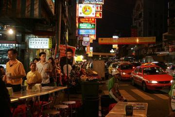 Rundtur i mindre grupp till Chinatown och kvällsmarknader i Bangkok ...