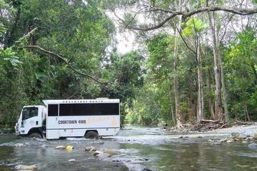 Excursão para grupos pequenos de 4x4 em Cooktown por 2 dias saindo de...