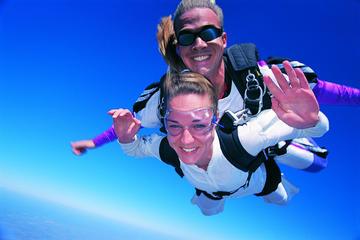 Tandemsprong met parachute in Byron Bay