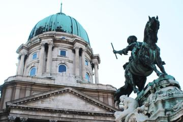 Fools and Kings - Buda Castle District Tour
