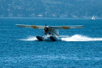 ホノルルから行く1時間の水上飛行機アドベンチャー