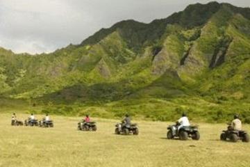 Aventura en 4 x 4 en Kualoa Ranch