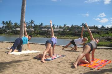 Morning Yoga Stretch At Anaehoomalu ...