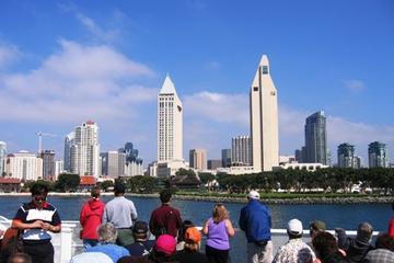 Cruzeiro pelo porto de San Diego