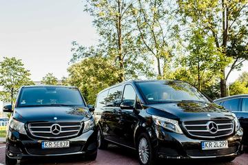 One way private Krakow airport transfer up 4 people