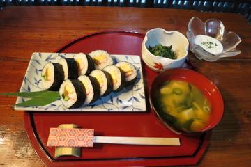 Cours de fabrication de sushis à Kyoto